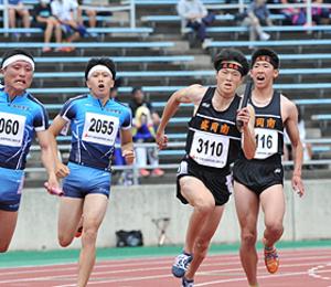 盛岡南、陸上男子400リレーV 東北高校選手権
