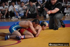 青森県選抜、米国チーム破る 日米親善高校レスリング