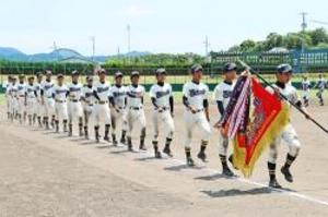 軟式野球 南部が優勝、近畿へ 和歌山県大会