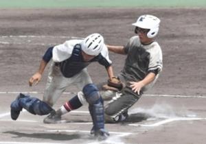 篠山鳳鳴タイブレーク13回に4点 軟式野球選手権