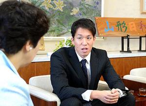 小関選手「東京は何が何でもメダル」 知事にリオ五輪報告