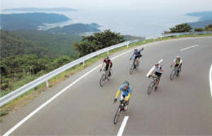 自転車ツール・ド・東北 復興進む牡鹿半島快走