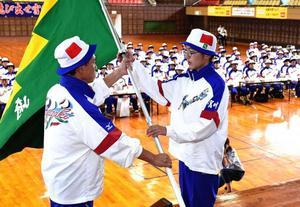 国体宮崎県選手団「心を一つに」 結団式458人決意