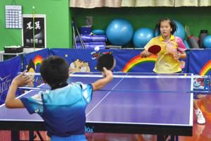 リオ躍進、卓球人気追い風 ジュニア教室に問い合わせ増