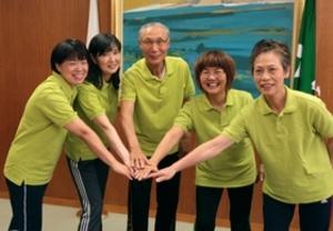稲美町のスポーツ関係者2組 全国大会の活躍誓う