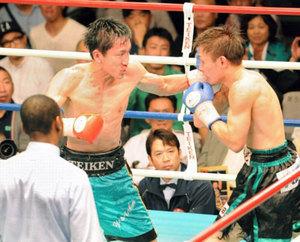 石本(高松出身)2度目の防衛 ボクシング日本Sバンタム級タイトル戦