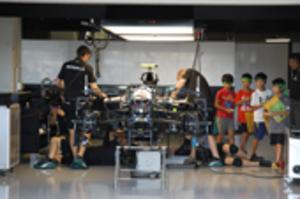 鈴鹿・F1日本グランプリ、7日開幕 児童460人、ピット見学