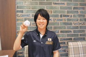 後輩へエール、始球式へ 女子野球代表投手・清水美佑さん