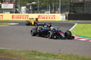 自動車F1日本GP開幕 フリー走行に2万7000人