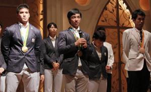 ベイカー選手、白井選手…神奈川県内ゆかり21人祝賀会