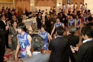 バレーボール 日本一挑むシーガルズ 岡山で激励会