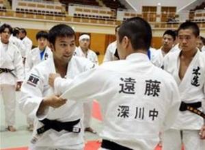 メダリストの技伝授 柔道リオ五輪代表、ジュニア合宿で講師
