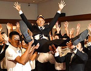 ドラフト 巨人1位は中京学院大の吉川