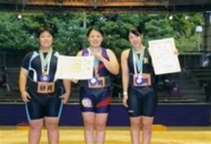静岡県団体、3年ぶりV 全日本女子相撲選手権