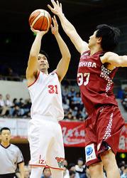 バスケB1富山、9連敗 川崎に90-112