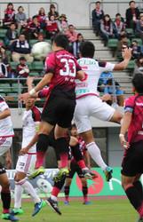 J2金沢、逆転勝ち 最下位脱出、岡山に2-1