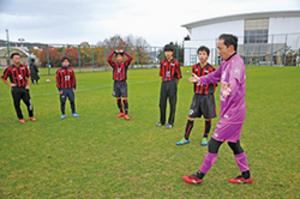ろう者サッカー道選抜チーム、今年3回目の室蘭合宿