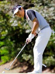 アマチュアゴルフ選手権 小川快振、逆転で頂点