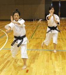 全国少林寺拳法 入賞へ意気込む 田上と三条の女性