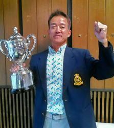 榎、逆転で初優勝 日本シニアゴルフ