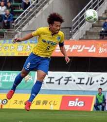 J3栃木快勝、首位守る 富山に2-0