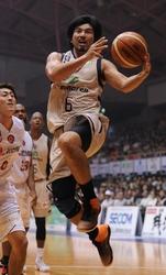 琉球の新たなる挑戦 バスケBリーグの頂点を目指す