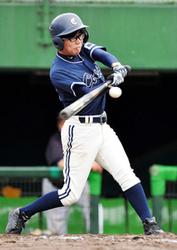 若手加入10連覇に挑む 神戸の身体障害者野球チーム