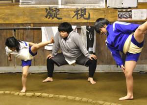 女子格闘技に有望株 雫石中、中学相撲で全国V