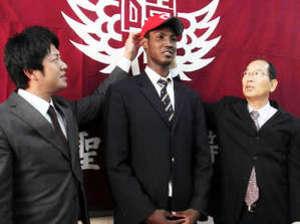 「黒田さんのように」 広島ドラフト5位のアドゥワが抱負