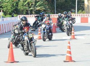 モータースポーツの魅力発信 沖縄市で祭典