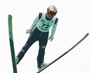 竹内、ヒルサイズ超えV 全日本スキージャンプ