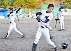 明治神宮野球 高知の明徳義塾は作新と対戦