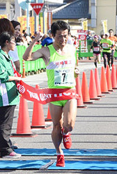 いびがわマラソン 男子、宮崎(滋賀)優勝