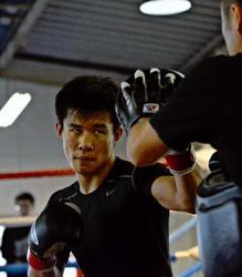 世界ユースボクシング 日章学園高の斎藤 メダルを取る