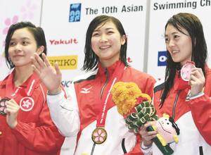 池江100バタV、個人3種目制覇 水泳アジア選手権