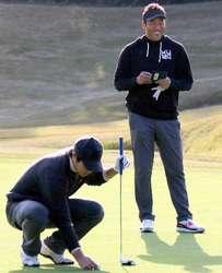 黒田、オフの心構え助言 野村らとゴルフコンペ参加