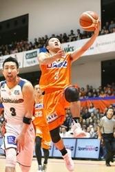 バスケBリーグ 新潟は横浜に圧勝