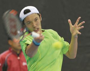 テニス 伊藤竜馬、手術の右肘の痛み消え、復調の兆し
