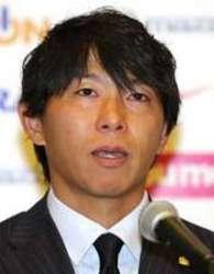 J1広島での12年「自分の誇り」 佐藤が移籍会見