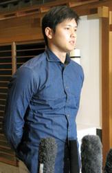 日本ハム・大谷、ベストナインW受賞 「来年も頑張りたい」