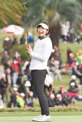 葭葉、大会記録で3位に浮上 ツアー選手権リコー杯ゴルフ