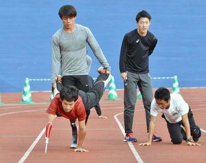 東京パラへ高知で再始動 陸上男子400リレーチーム合宿
