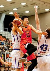 バスケBリーグ2部 愛媛OV3連敗、熊本に51―94