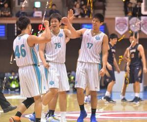 筑波大男子3連覇 全日本大学バスケット