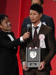 日本ハム 西川、来季は盗塁王より首位打者や最多安打