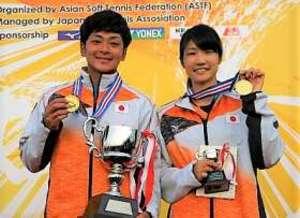 ソフトテニス アジア選手権 高崎出身の佐々木、混合複で優勝