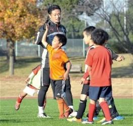 子どもたちとハッスル J2熊本、熊本市で交流会
