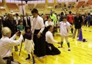 武道フェスタで弓道や太極拳体験 岡山に10武道団体集う