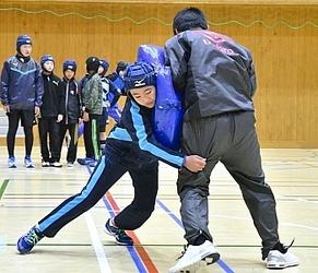 飯田・伊賀良ラグビースクール 全国の強豪に初挑戦