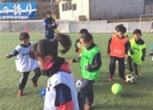 JFL沼津 被災地訪れサッカー教室